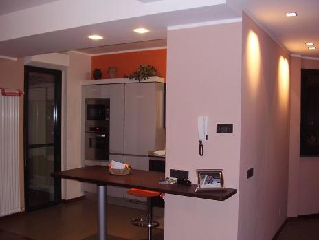 STEDALODESIGN-Interni e Progetti-Cucina a vista sul soggiorno